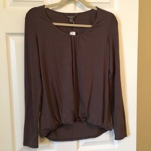NWT Tommy Bahama High Low Long Sleeve Jersey Top